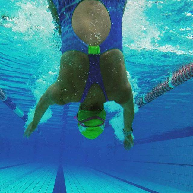 Lucy BrownさんはInstagramを利用しています:「60 laps & 60 flip turns today! 🏊‍♀️💕✌ my Off Season Triathlon training goals are ➡️ working on my technique and improving my speed,…」 (36720)