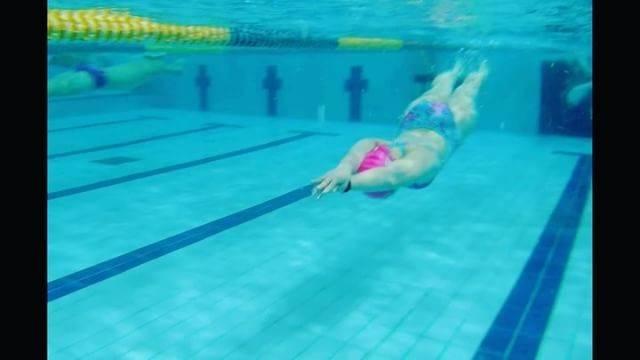 레몬한입さんはInstagramを利用しています:「. 꿈틀거리지말고 좀 자라 이여자야 . . . #60kg인증 #자폭 #수영하는뚠뚠이 #울버린인가 #dolphinkick #swimmers #수영인 #수영사랑 #흔한수영인여성의 #돌핀킥 #장어아님 #개불도아님 #레몬한입 #수미사 #스피도미시프랭클린…」 (36797)