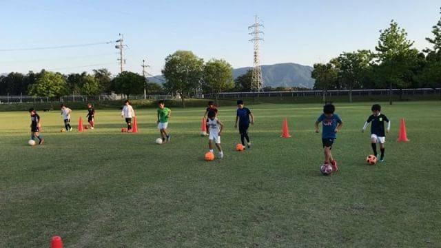 """EL Golazo FC on Instagram: """"【EL Golazo FCスクール】  本日のスクールへの参加ありがとうございました!! EL Golazo FCは毎週火曜日、木曜日にボールコーディネーションスクールを行なっています。  思い通りに身体を動かせるように。 思い通りにボールを扱えるように。…"""" (37578)"""