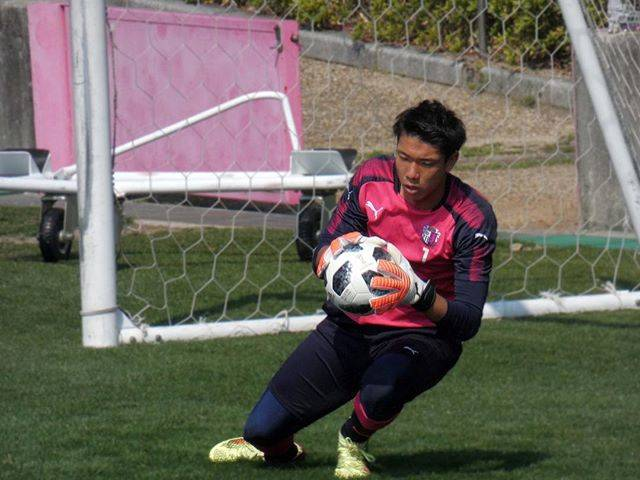 "Shunsuke  #柿谷曜一朗残留運動📣 on Instagram: ""#cerezo #camera #fz85 #football #lumix #sport #soccer #photoshop #photography #osaka #japan #japanese #jleague #セレッソ大阪 #gk #ゴールキーパー…"" (39158)"