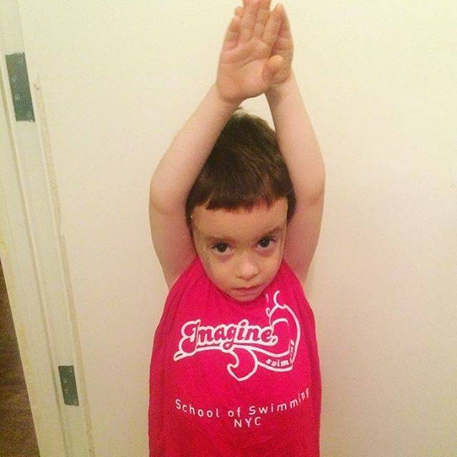Imagine SwimmingさんはInstagramを利用しています:「Throwback to this little streamline! Never too young to learn good body position! Happy Friday swimmers! #imagineswimming #swimfamily…」 (41695)