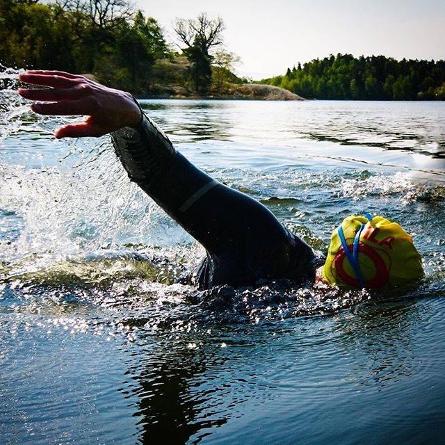 Sofia Demnert / Aqtivate 🏊🏼♀️さんはInstagramを利用しています:「Öppet vattenkurser med start i maj, nu bokningsbara på aqtivate.se! 🐸 ————— #öppetvattenkurs #openwater #ow #träning #simning #simma…」 (43181)