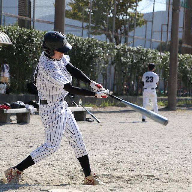 """Hagi on Instagram: """"野球撮影の部 終わり#ボールがバットに当たる瞬間 #これ撮れると嬉しい #みんなの写真はラインで送ります #1枚500円 #集合写真は1000円な"""" (46025)"""