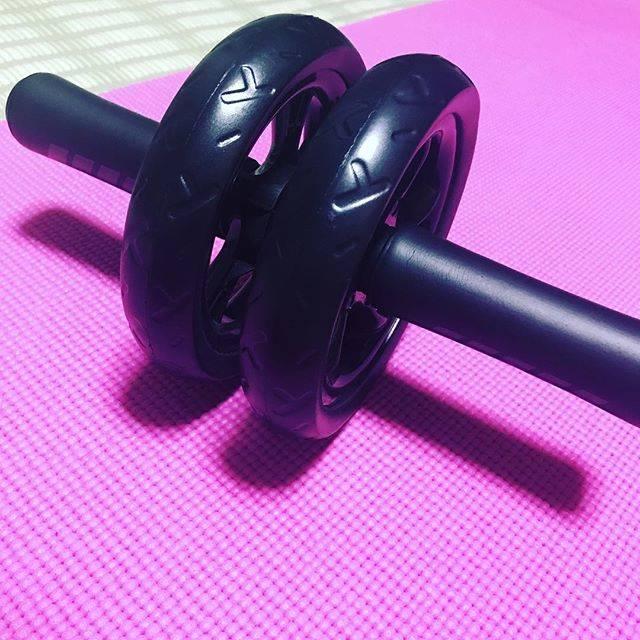 もりじゅん(・⊝・)ずんこさんはInstagramを利用しています:「腹筋ローラー、はじめました。まずは膝コロンで、5回×3セットを2日に1回で。がんばろぅΣ(σ`・ω・´)σね! #ダイエット開始 #腹筋ローラー始めました」 (48358)