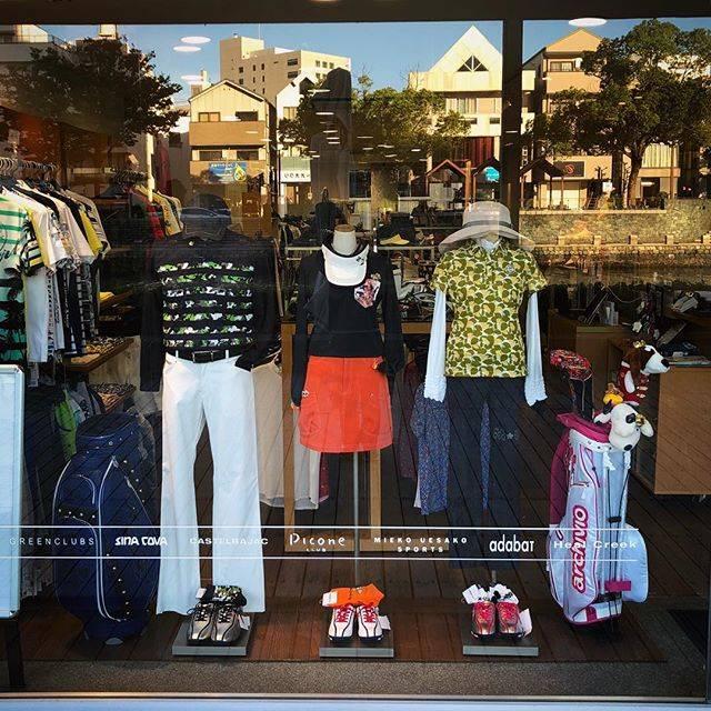 """ゴルフウェアショップ【T-on 】ティーオン on Instagram: """"T-on #ティーオン 店頭です✨お盆が明けてから朝晩は少し冷える感じがしてきましたね😁新作のステキな長袖入荷してます❗️ぜひT-on ネットショップ、店頭をご覧くださいね💓 #golf #golfwear #ゴルフ #ゴルフウェア #ティーオン #ゴルフコーデ  #ゴルフ好き…"""" (51969)"""