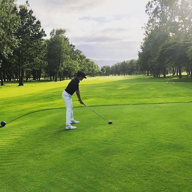 """野坂 英吾 Eigo Nosaka on Instagram: """"Beautiful course.#golf #ゴルフ #golfcourse #ゴルフコース #ティーグラウンド"""" (51983)"""