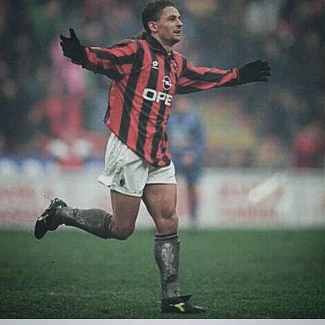 Roberto BaggioさんはInstagramを利用しています:「AC MILAN #instagram#acmilan1899#acmilan#milan#football#calcio」 (53050)