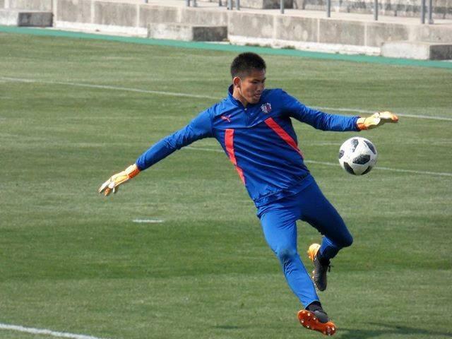 "Shunsuke@next 湘南 on Instagram: ""#sportphotography #sport  #soccer #cerezo #camera #football #lumix #fz85  #jleague #Osaka  #ファインダー越しの私の世界 #写真を撮るのが好きな人と繋がりたい #写真撮ってる人と繋がりたい…"" (54558)"