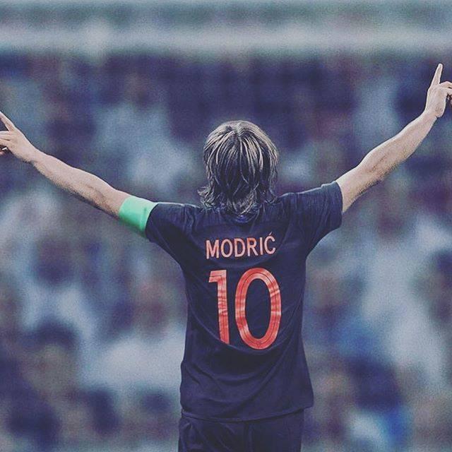 """S.H Hiroto on Instagram: """"モドリッチ様。尊敬しています。好きなサッカー選手の1人。#モドリッチ #神 #尊敬 #サッカー"""" (55910)"""
