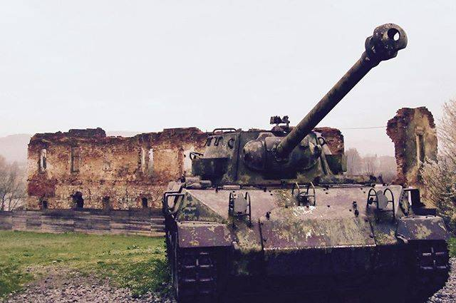 "toshi on Instagram: ""Tank and ruins from The Croatian War of Independence…"" (55939)"