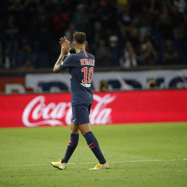 EneJota 🇧🇷 👻 neymarjrさんはInstagramを利用しています:「Começamos bem a temporada, parabéns a toda equipe pelo trabalho de hoje ... obrigado a torcida pelo apoio sempre! Allez Paris 🔵🔴」 (56883)