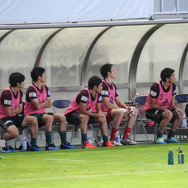 舞(mai)さんはInstagramを利用しています:「2016年8月28日(日)松本山雅FC vs 徳山大学⚽試合を見守る控え選手たち…」 (59389)