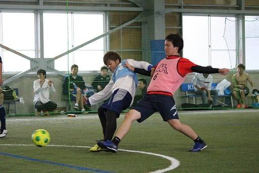 """LEON Hakusan Futsal Garden on Instagram: """". 10月28日(日) 第39回フルコートカップ🏆. . . 試合も後半戦👏✨. おおまかな予想もでき始める頃、さらに試合はヒートアップ😆🔥🔥. 自然と球際も激しくなります😳❗️✨. . . .  #フルコート #個サル  #フットサル #フットサルコート #ジュニア…"""" (62072)"""