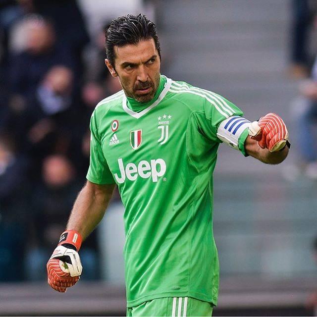 """Gianluigi Buffon on Instagram: """"Soddisfatti per la grande prestazione, restiamo concentrati perché la stagione è ancora tutta da giocare #JuveSassuolo"""" (62788)"""