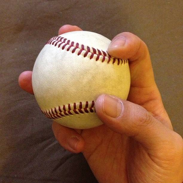 """RYU on Instagram: """"やっとボールが抜けてボールが思った方向に動いてくれるようになった!目指せ一試合10奪三振!やったるぞ!!#baseball  #チェンジアップ"""" (80900)"""
