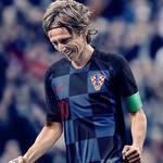 サッカー選手つけているヘアバンド特集!人気なものはどれ?