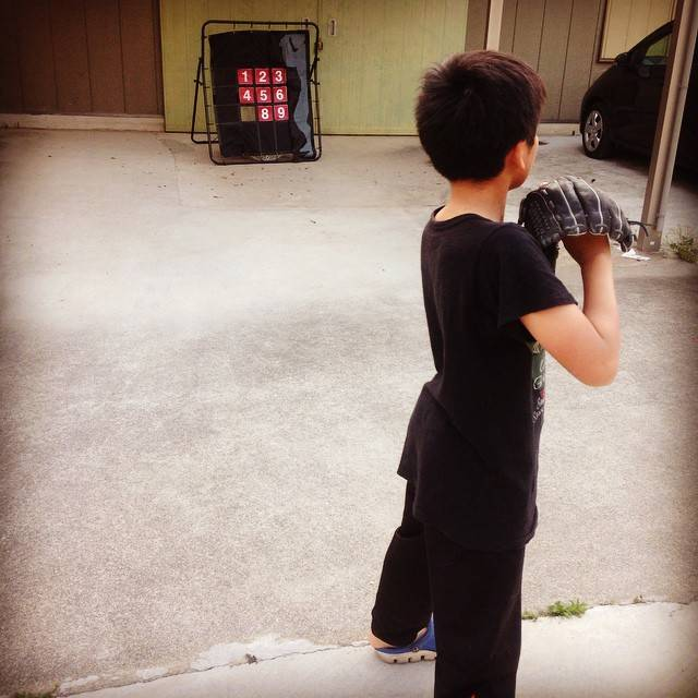 "♡mari♡ on Instagram: ""今日は授業参観の代休☆#長男野球の練習#ピッチング#ターゲットコントロール"" (81034)"