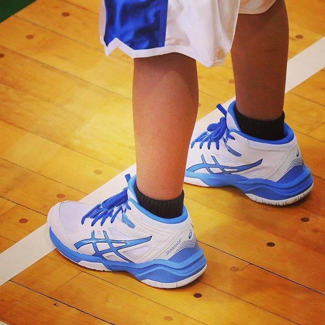 """@hk4658 on Instagram: """"#shakedown #asics #アシックス #バッシュ #dunkshot #slamdunk #スラムダンク #オフェンスの鬼 #流川楓 #たくさん踏んでください#basketball"""" (81434)"""