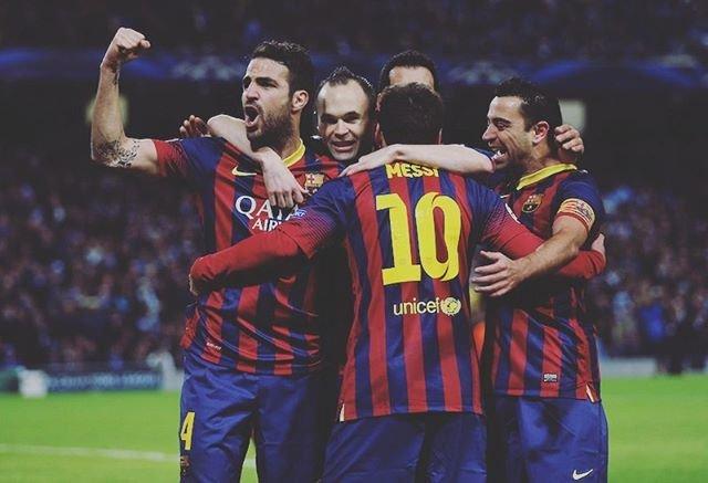 "Messi.legend on Instagram: ""Hugging🔵🔴🔵🔴🔵🔴 #fcbarca #barcelona #lionel #liomessi #messi #messi10 #leomessi #kingmessi #football #cl #サッカー #バルセロナ #fcバルセロナ"" (88363)"