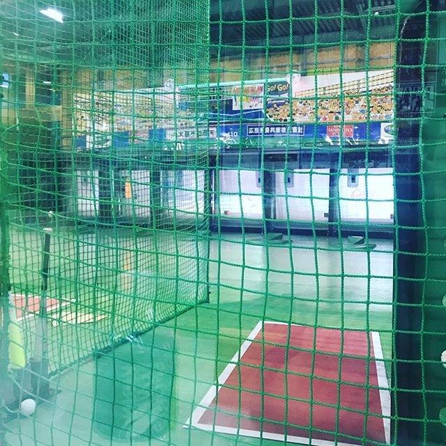 """おだげん on Instagram: """"定時終わりからのバッティングセンター、いい汗かいた、風呂入ろ#福山ドーム #明日も仕事"""" (91710)"""