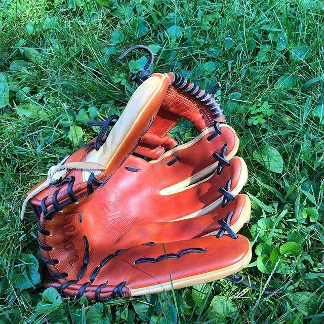 "𝐁𝐚𝐬𝐞𝐛𝐚𝐥𝐥.𝐌𝐍 🇯🇵⚾️🇺🇸 on Instagram: ""手の平と陽光 . . #palmshotsunday #baseball #baseballglove #athletics #oaklandathletics #mattchapman #wilson #a2k #a2000 #rawlings #mizuno #ssk…"" (94529)"