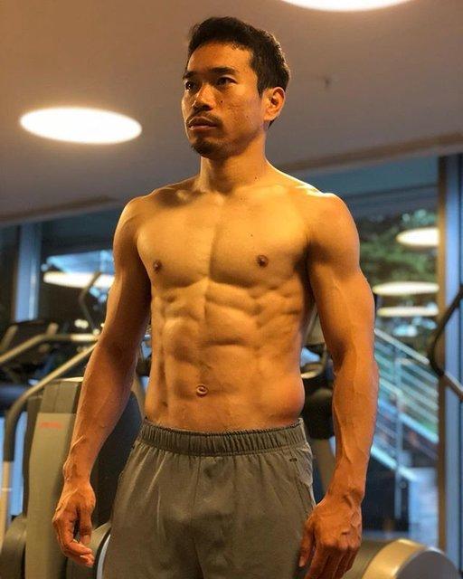 "YutoNagatomo 長友佑都 on Instagram: ""魅せる身体ではなく、動ける身体の結果。日々の食トレやコンディションサポートに感謝。#training #nutrition #recovery @cuore_kato @norishirodukuri @masanoritakeguchi"" (94991)"