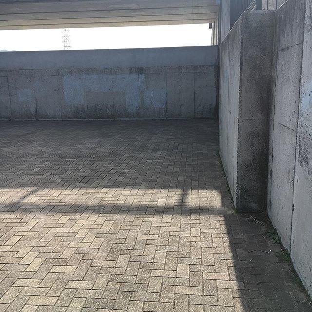"""けい on Instagram: """"今日は花園で壁当て⚾️#草野球 #軟式 #壁当て"""" (96075)"""