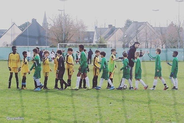 "Espérance Chartres Football ⚽ on Instagram: ""🤝📸 @quentin_919...Un club, une famille, des passionnés#football #fairplay #plaisir"" (96308)"