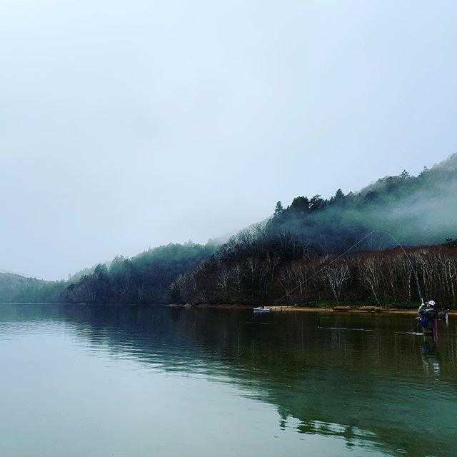 "masuyume on Instagram: ""#flyfishing #flyfishinglife #flyfishingonly #flyfishingjunky #flyfishing #フライフィッシング #instagood #丸沼 #丸沼ダム #nature#photography#photo"" (96811)"