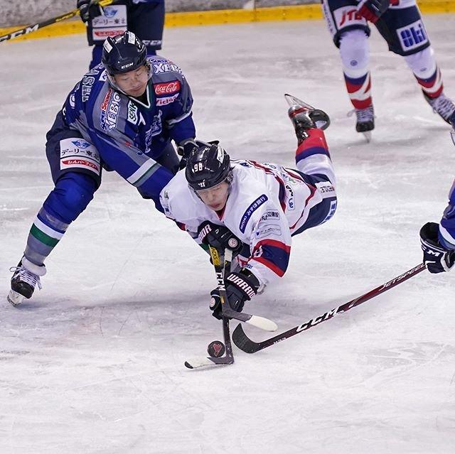 "IceHockeyStream Photography on Instagram: ""[2019/12/22] フリーブレイズ 0-0(1P End) イーグルス⠀ ▼⠀ #alih20192020 ⠀ #アジアリーグ #asialeagueicehockey⠀ #アイスホッケー #icehockey⠀ #東京都アイスホッケー連盟⠀ ▼⠀ #王子イーグルス…"" (98142)"