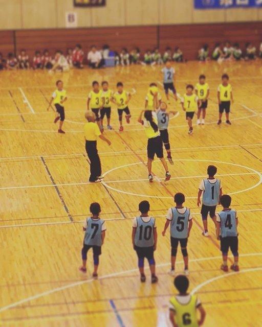 """ayugon on Instagram: """"昨日はドッジボール大会! まさかの優勝(๑>◡<๑)‼︎娘は活躍はしてないが…ジャンプボールと、駆け足でベンチに戻ることは良く出来てましたσ^_^;笑  スタメンの子たち、良く頑張ってました(TT)感動したぁー^^。みーんな…"""" (98953)"""