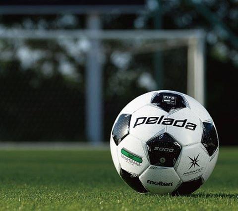"SOCCER SHOP KAMO on Instagram: """"部活の定番""モルテンのサッカーボール『ペレーダ』シリーズにNEWモデルが登場!  #kamo #soccer_shop_kamo #soccer #soccerball #pelada #molten #ball #サッカーショップkamo #加茂 #サッカー…"" (99493)"