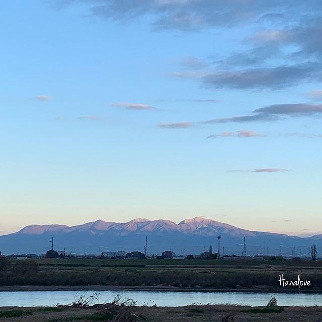 "hanalove on Instagram: ""♪♪朝陽さす清々しい朝です♪#赤城山#朝陽#利根川#山が好き"" (99564)"