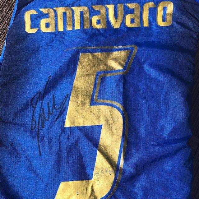 "Hiroya on Instagram: ""#fabiocannavaro #cannavaro #カンナバーロ #イタリア代表 #autograph #直筆サイン"" (100804)"