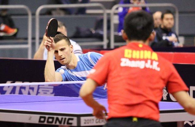 "Sportfotos Lüthi on Instagram: ""Tiago Apolonia vs. Zhang Jike, German Open Magdeburg 2017 #tischtennis #tenisdemesa #tabletennis #tennisdetable #tennisdemesa #pingpong…"" (111361)"