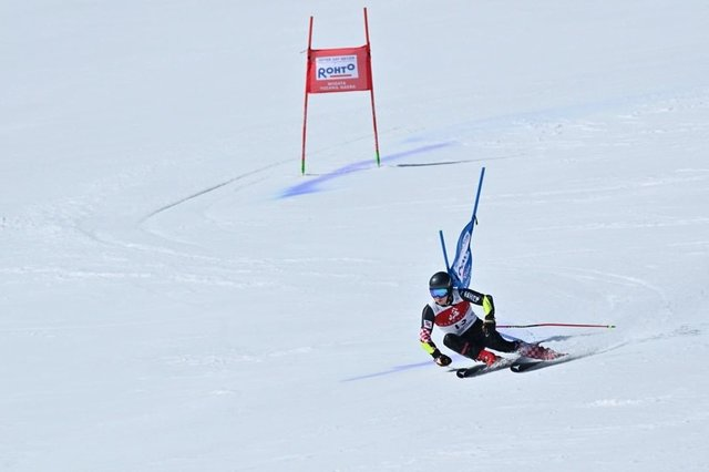 "Yasuhiro Kato on Instagram: ""Audi FIS アルペンスキーワールドカップ2020 にいがた湯沢苗場大会 男子大回転 優勝 フィリップ・ズブチッチ選手  #2020 #sport #wintersport #alpineskiing #alpineski #naeba2020…"" (112531)"