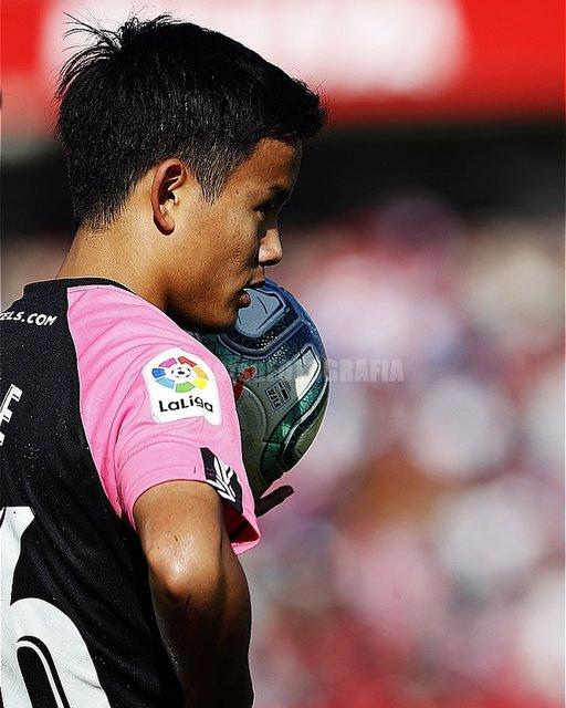 "MutsuKAWAMORI on Instagram: ""Granada x Mallorca, Nuevo Los Carmenes, Granada, Spain, Takefusa Kubo. #rcdmallorca #granadacf #nuevoloscarmenes  #granada #spain #futbol…"" (114126)"