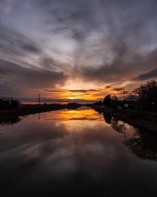 "Koichi on Instagram: ""朝なのに夕景。#夕景 #リフレクション #河内町 #咲くや姫 #新利根川 #eveningview #sunset #river #reflection #kawachitown #ibarakigram"" (115600)"