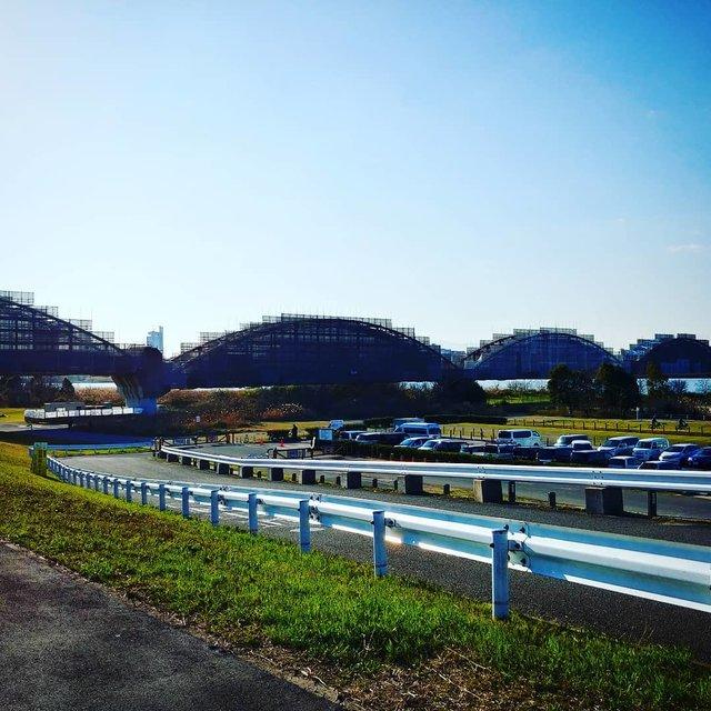 """蹴ったらマシン on Instagram: """"違う場所に見える。#淀川河川公園"""" (116849)"""
