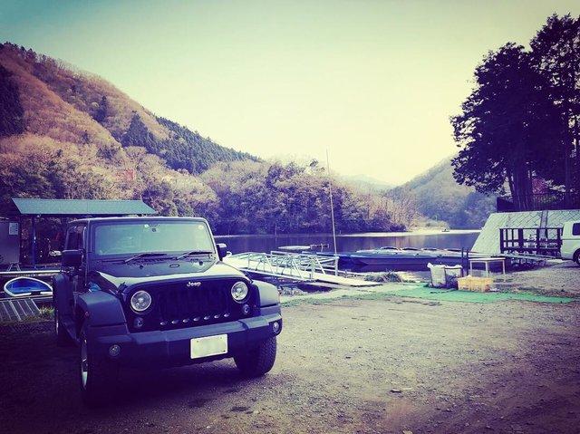 "ikahime on Instagram: ""春の秋川屋さん#釣り車#相模湖#バス釣り#JKラングラー#秋川屋"" (120429)"