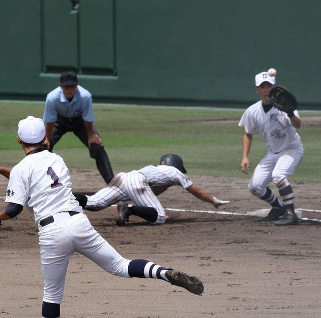 "KUNI's Instagram photo: ""牽制球でアウトになれば「刺殺」とか表現されます。普段から何気なく使っている野球用語には「殺」とか「死」とか物騒な言葉がありますね。#高校野球 #第100回全国高等学校野球選手権記念大会 #愛知県大会東地区 #牽制球…"" (121449)"
