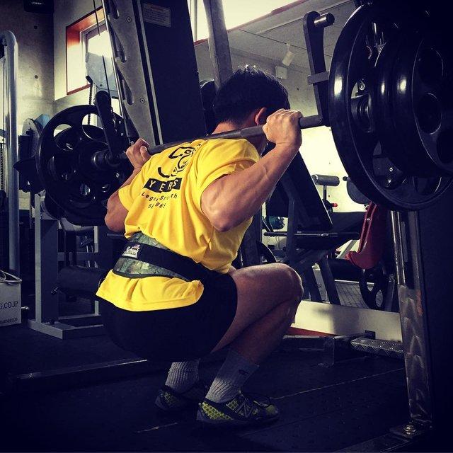 "@jjjjeeetttt on Instagram: ""脚の前面部のトレ仕上げは、スミスマシンスクワット #大腿四頭筋#スミスマシン #スーパースミス #スクワット #フルボトムスクワット#FLEXFITNESS#ボディービル#トレーニング…"" (122276)"