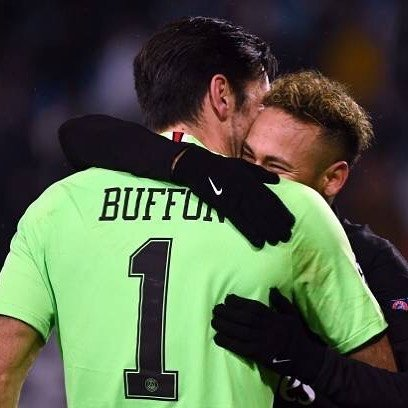 "Gianluigi Buffon's Instagram profile post: ""🇮🇹 Vittoria, qualificazione e primo posto. Meglio di così? Allez Paris 🇬🇧 Victory, qualification and first place. Is there anything better?…"" (123480)"