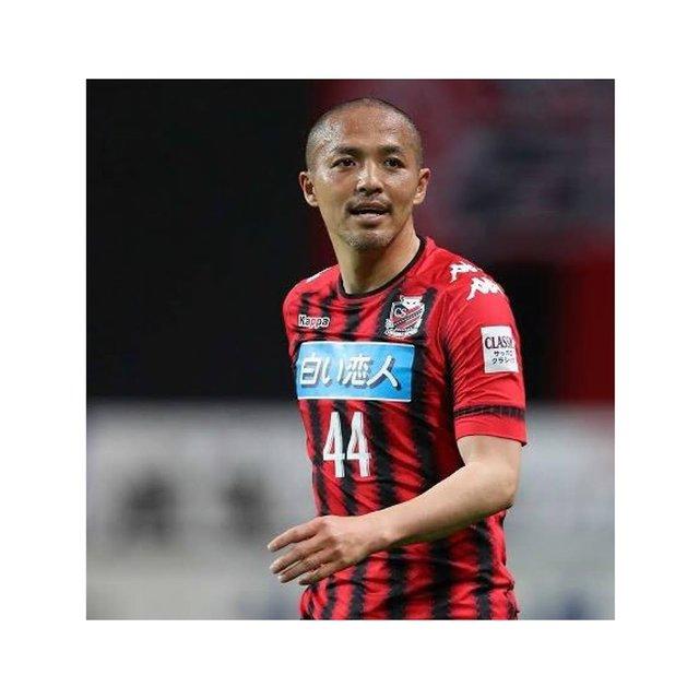 """ミッドフィールダートレーナー@zawa on Instagram: """"・ サッカー選手紹介 ・ 小野伸二選手 ・ 今回ご紹介する選手は 小野伸二選手です! ・ サッコー王国静岡出身で 彼を一言で表すには 「天才」 の一言につきます ・ 相手を騙すようなプレー、 意表を突くプレーは 見ていてとてもワクワクさせられました ・ 中盤の攻撃的な位置から…"""" (123587)"""