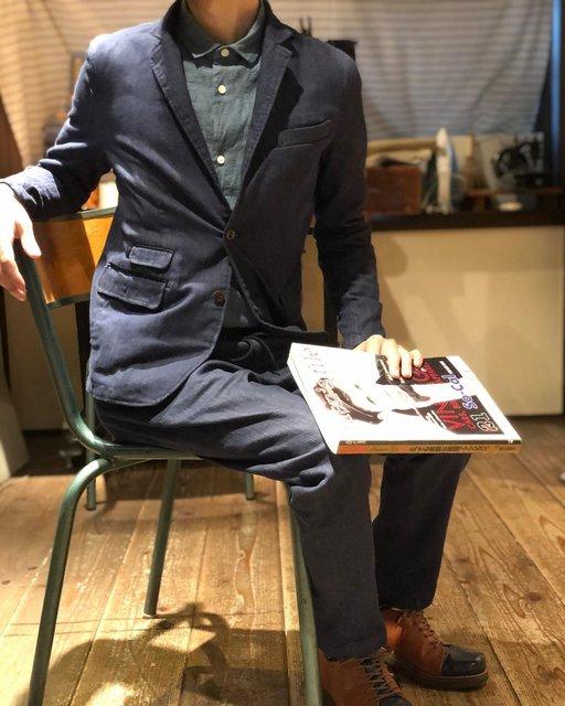 """JAPANBLUEJEANS_KOJIMA on Instagram: """". 【シンデニムセットアップ】  皆さまこんにちは😁深澤です👦  本日は、色落ちしにくい""""シンデニム""""を使ったセットアップをご紹介! 上はテーラードジャケット、下はイージーパンツになっております。  カチッとした服装が苦手なのですが、ストレッチが入っているので、…"""" (123595)"""