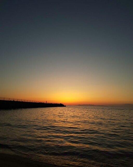 """ノブ(^0_0^) on Instagram: """"日が沈んで…#mysky #sky #sorasuki #ソラモノ写真館 #sunset #umi #sea #海 #茜雲"""" (134721)"""