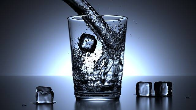 Free illustration: Glass, Water, Ice Cubes, Drink - Free Image on Pixabay - 1206584 (13351)
