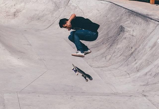 Skateboarder Half-Pipe Skateboard · Free photo on Pixabay (50998)