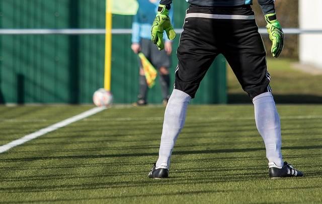 Goalkeeper Football Pitch - Free photo on Pixabay (76204)