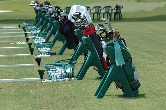 Golf Clubs Bags Driving Range - Free photo on Pixabay (80669)